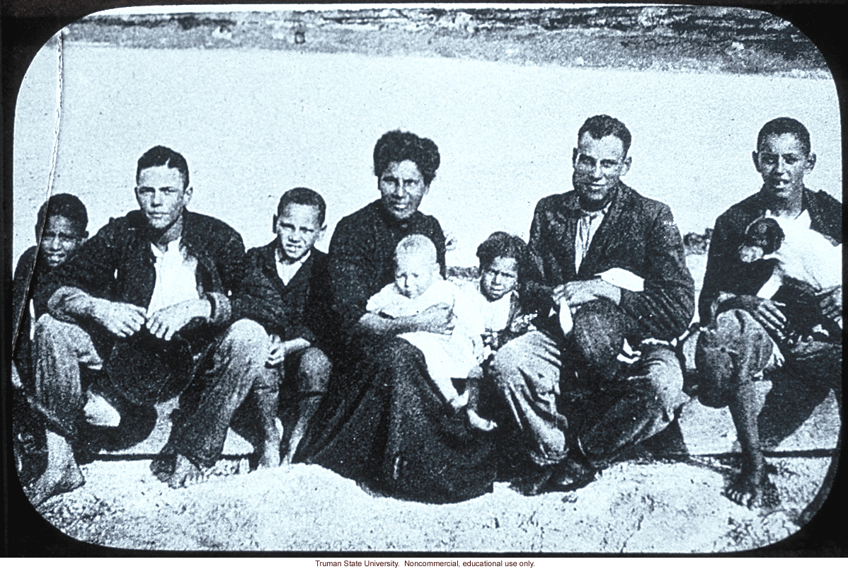 Second generation Negro-White family, Bermuda