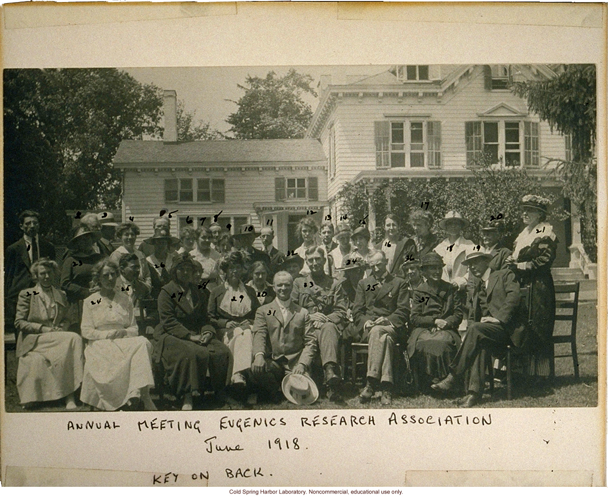 Eugenics Record Office, Annual Meeting of the Eugenics Research Association, 1918 (Laughlin in front, Stewart House in background)